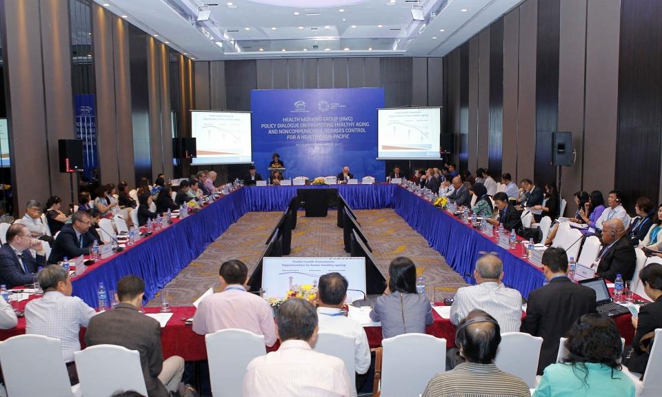 Đối thoại về chính sách y tế cho người cao tuổi tại APEC