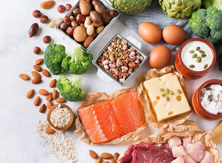 Điều chỉnh chế độ ăn uống giúp chồng điều trị yếu sinh lý