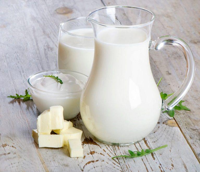 Người bị dị ứng lactose rất khó tiêu hóa các thức ăn từ bơ, sữa,...