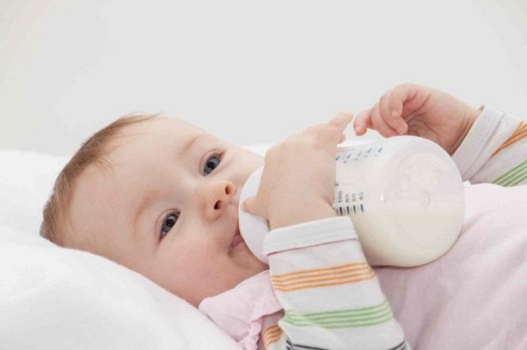 Dị ứng sữa là hiện tượng thường gặp ở trẻ