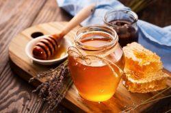 Trị viêm da cơ địa bằng mật ong tự nhiên