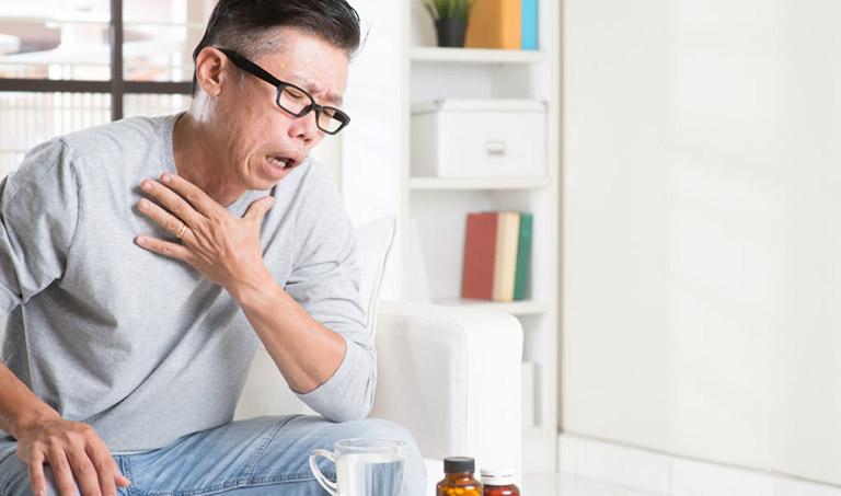 Sốc phản vệ do dị ứng thuốc khiến người bệnh khó thở, thậm chí ngừng thở