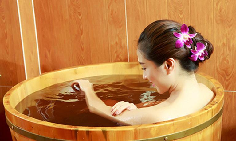 Kiên trì sử dụng lâu dài để thấy được hiệu quả của phương pháp tắm lá
