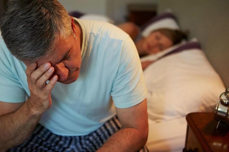 Đàn ông ngoài 40 tuổi dễ gặp các vấn đề về sinh lý