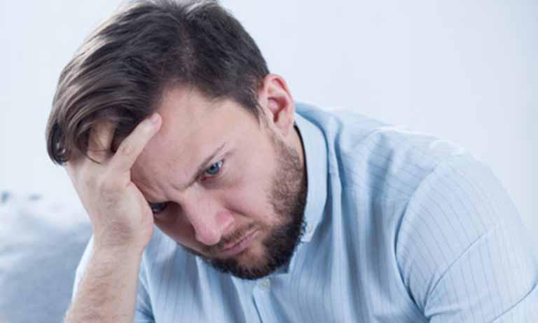 Căng thẳng thường xuyên cũng là nguyên nhân gây bệnh