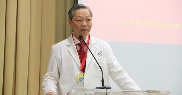 Bác sĩ Chu Tấn Sinh đã có hơn 30 năm kinh nghiệm thăm khám và điều trị bệnh xương khớp tại TPHCM
