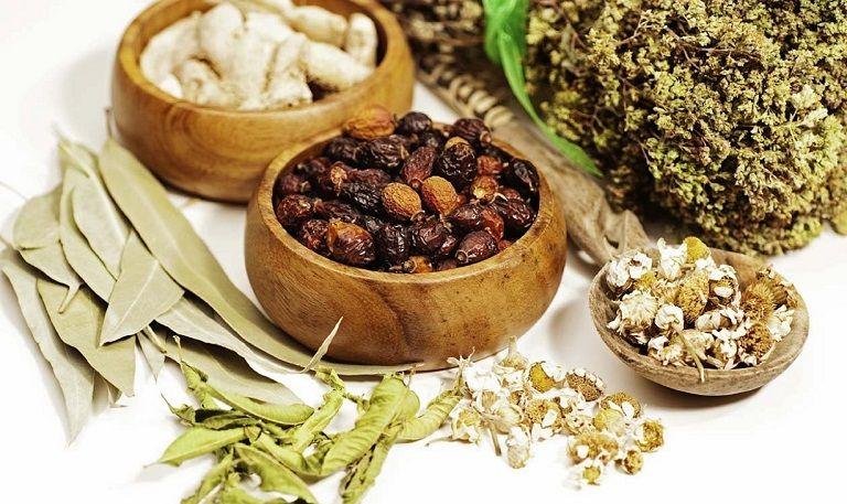 Các bài thuốc uống trong giúp thẩm thấu sâu, điều trị tận gốc