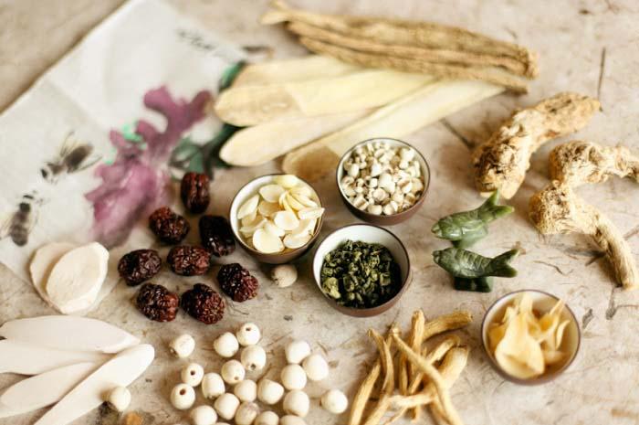 Đông y bao gồm nhiều vị thuốc giúp giảm ngứa hiệu quả