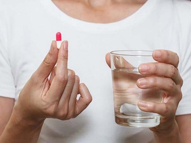 Dùng thuốc cải thiện và ngăn ngừa bệnh diễn tiến nặng hơn