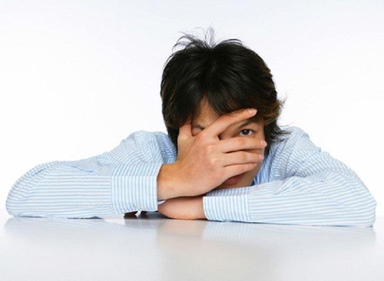 Tình trạng vảy nến lây lan khiến người bệnh tự ti và rơi vào trầm cảm