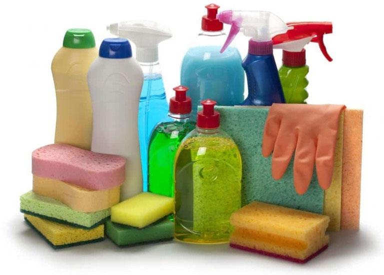 Hạn chế tiếp xúc với chất tẩy rửa trong thời gian bị bệnh