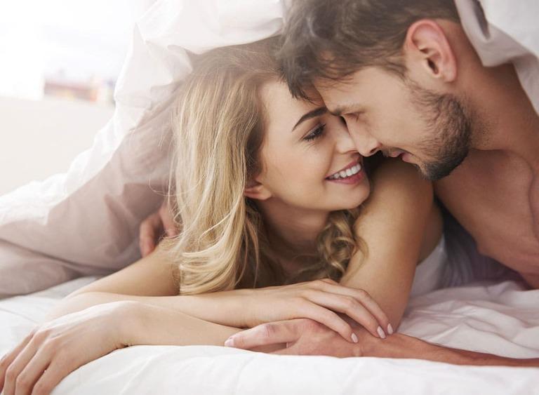 """Nghỉ giữa hiệp khi """"yêu"""" làm tăng khả năng chịu đựng ở nam giới"""
