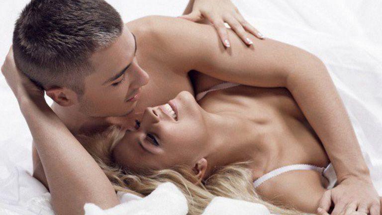 Khi bị rối loạn cương dương, cần quan hệ tình dục điều độ, đúng cách