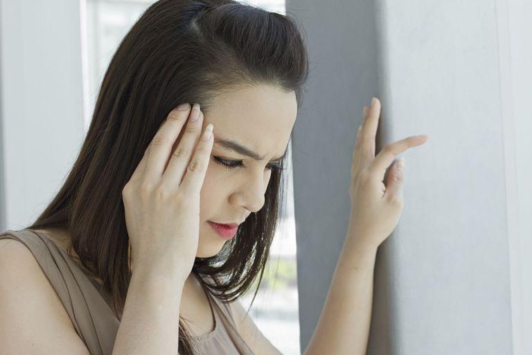 Nguyên nhân của tình trạng thận yếu gây rụng tóc là gì?