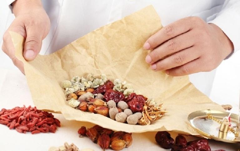 Thuốc Đông y sử dụng thành phần hoàn toàn từ thảo dược, đảm bảo an toàn