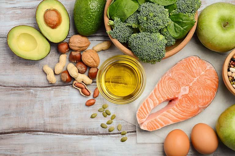 Tăng cường nhóm thực phẩm giàu omega 3 hỗ trợ trị dị ứng thời tiết