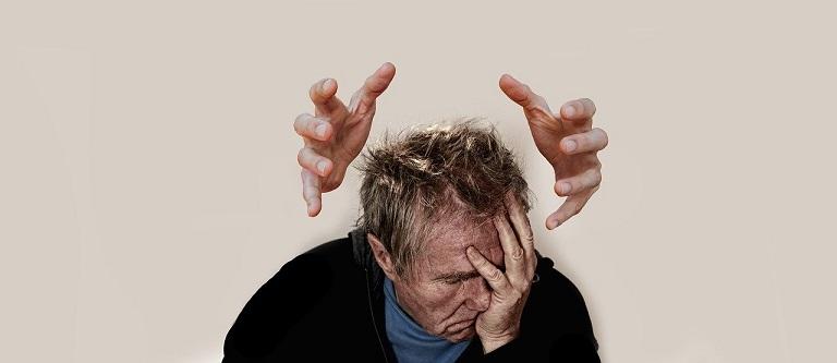 Bệnh có thể gián tiếp gây ra stress