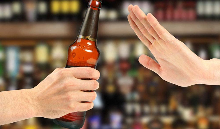 Nam giới nên hạn chế uống nhiều rượu bia