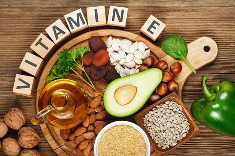 Bổ sung vitamin E rất tốt cho các bệnh ngoài da