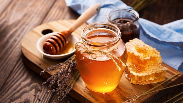 Mật ong có công dụng chữa xuất tinh sớm hiệu quả