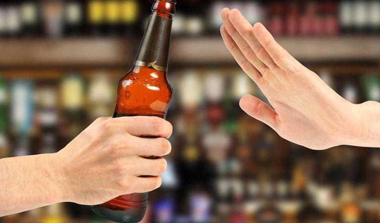 Nói không với rượu bia và các chất kích thích sẽ giúp thận khỏe mạnh hơn
