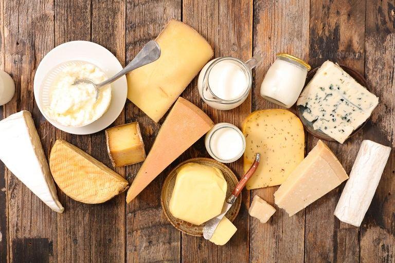Đối tượng mắc bệnh vảy nến cần tránh xa nhóm thực phẩm về sữa để giảm các triệu chứng của bệnh