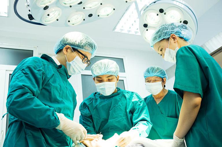 Bác sĩ Võ Văn Nho đã phẫu thuật thành công nhiều ca thoát vị đĩa đệm nguy hiểm