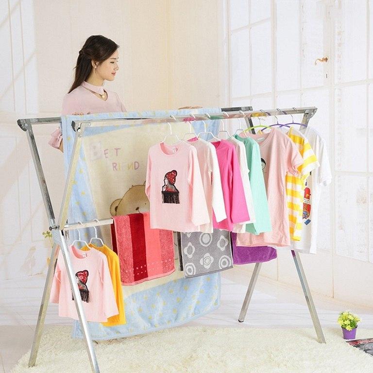 Phơi quần áo những nơi không có phấn hoa để phòng ngừa bệnh dị ứng