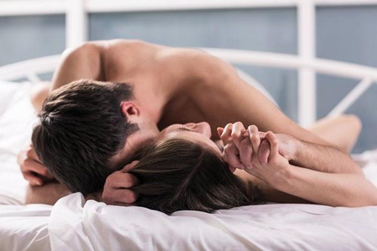 """Kiểm soát tâm lý khi """"yêu"""" giúp """"cậu nhỏ"""" thỏa mãn lâu hơn"""