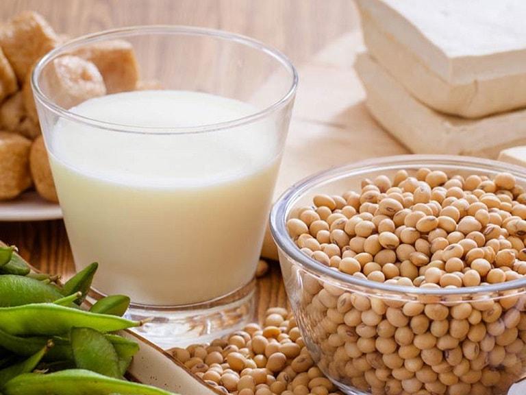 Các chế phẩm từ đậu nành là thực phẩm làm liệt dương