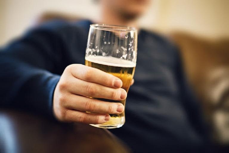 Nên tránh rượu bia để có sinh lực tốt