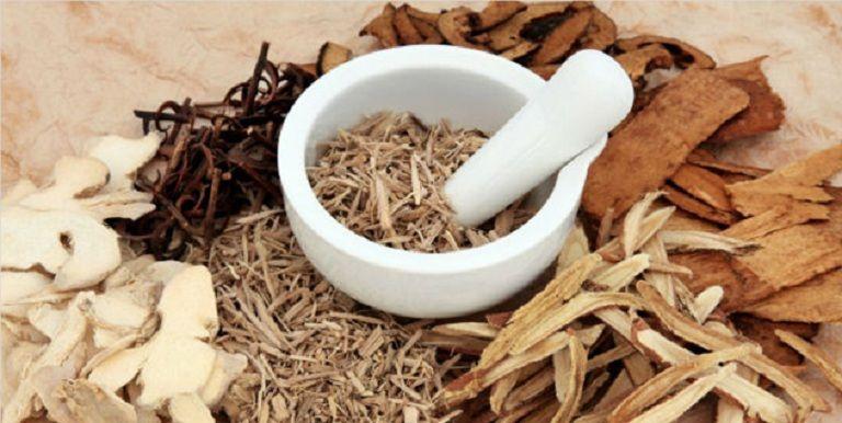 Sử dụng thuốc Đông y trị viêm da tiết bã an toàn, loại bỏ chứng bệnh từ gốc