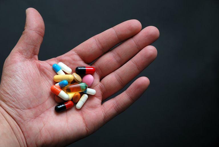 Thuốc Tây y cững là một phương pháp chữa bệnh thận yếu hiệu quả