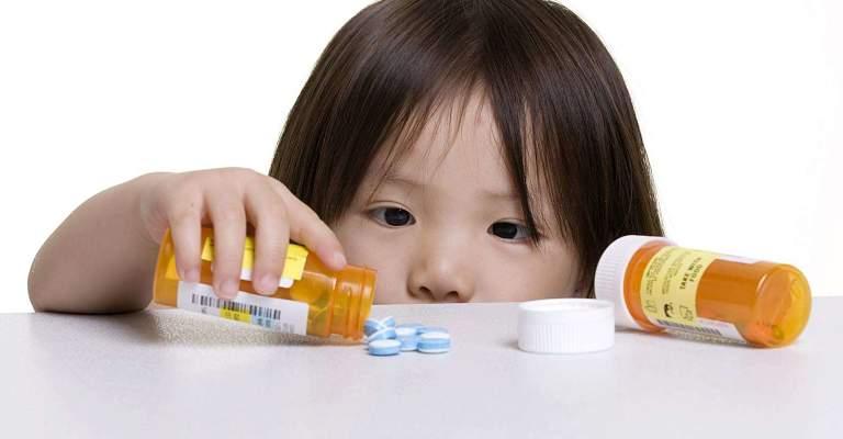 Thuốc Tây y chữa hắc lào giúp bé giảm ngứa, kháng viêm và phòng ngừa bệnh hắc lào hiệu quả