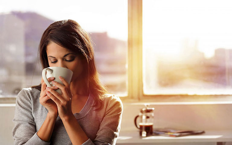 Uống nước lá tía tô giúp thanh lọc cơ thể và điều trị viêm da cơ địa hiệu quả