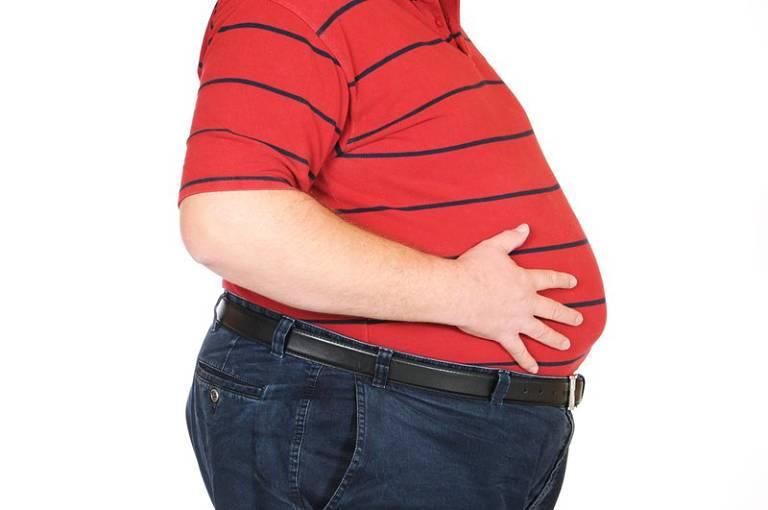 Biến chứng nguy hiểm mà thoái hóa khớp gối gây ra là béo phì, tăng cân mất kiểm soát