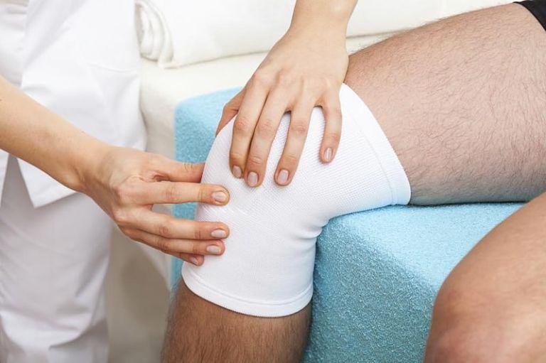 Chấn thương là nguyên nhân gây nên tình trạng khô khớp gối