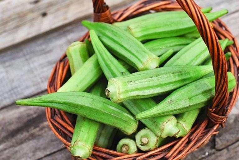 Đậu bắp là thực phẩm giúp tăng dịch tiết chất nhờn cho khớp gối