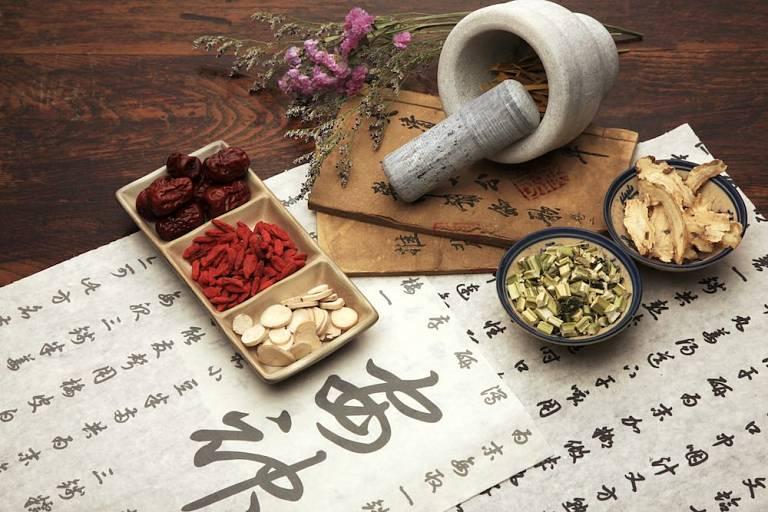 Một số bài thuốc Đông y chữa thận âm yếu hiệu quả