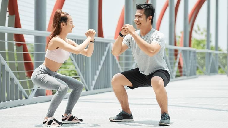 Bạn nên tập luyện với huấn luyện viên chuyên môn để giảm thiểu những rủi ro ngoài ý muốn
