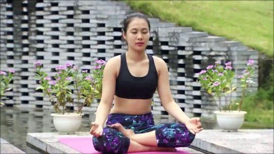 tập yoga chữa thoát vị đĩa đệm