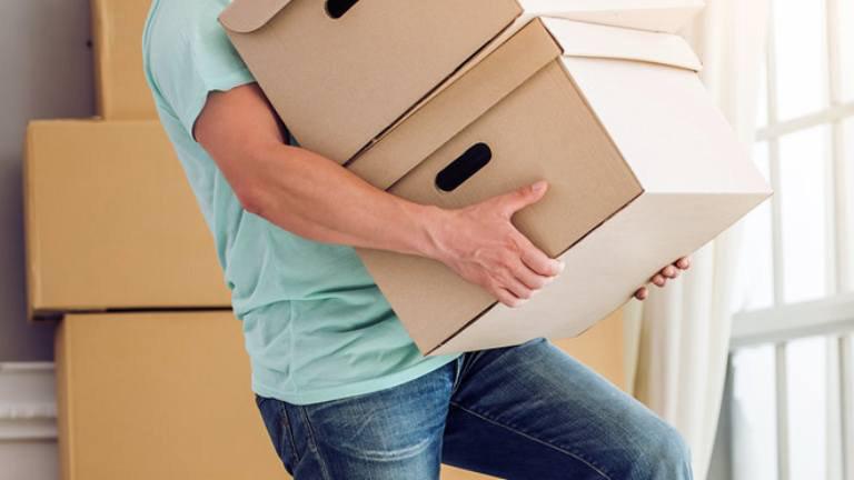 Bê vác nặng là nguyên nhân gây thoát vị đĩa đệm