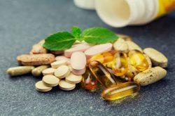 Khi sử dụng thuốc trị thoát vị đĩa đệm của Nhật, bệnh nhân cũng cần tìm hiểu kỹ các thông tin liên quan