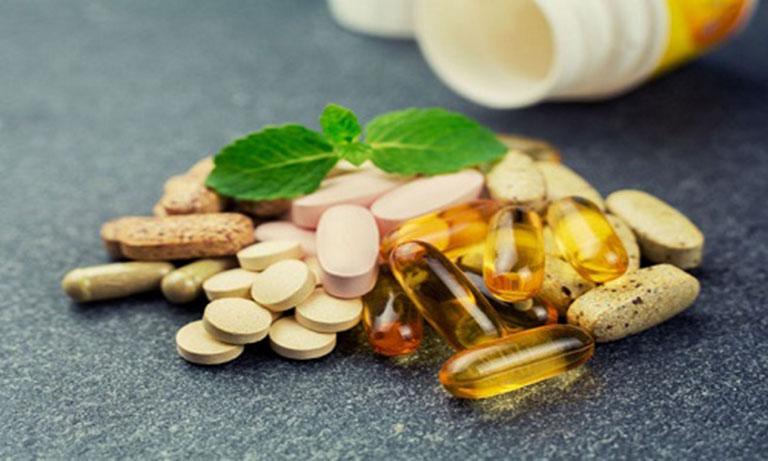 Dù sử dụng loại thuốc nào, bệnh nhân cũng cần tìm hiểu kỹ các thông tin liên quan