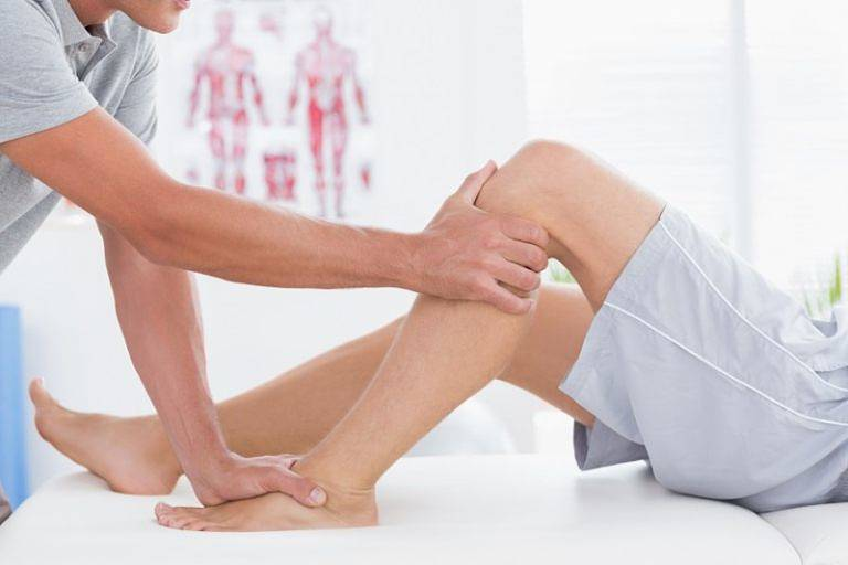 Xoa bóp khớp gối giúp giảm tình trạng đau nhức và căng cơ