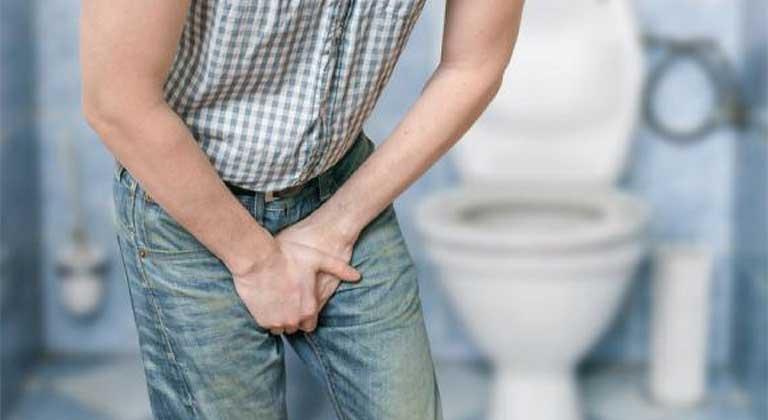 Tiểu rắt, tiểu đau, tiểu máu là các dấu hiệu sỏi đường tiết niệu phổ biến